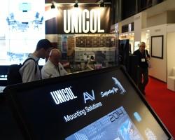 Новое моторизированное крепление Unicol для интерактивных досок