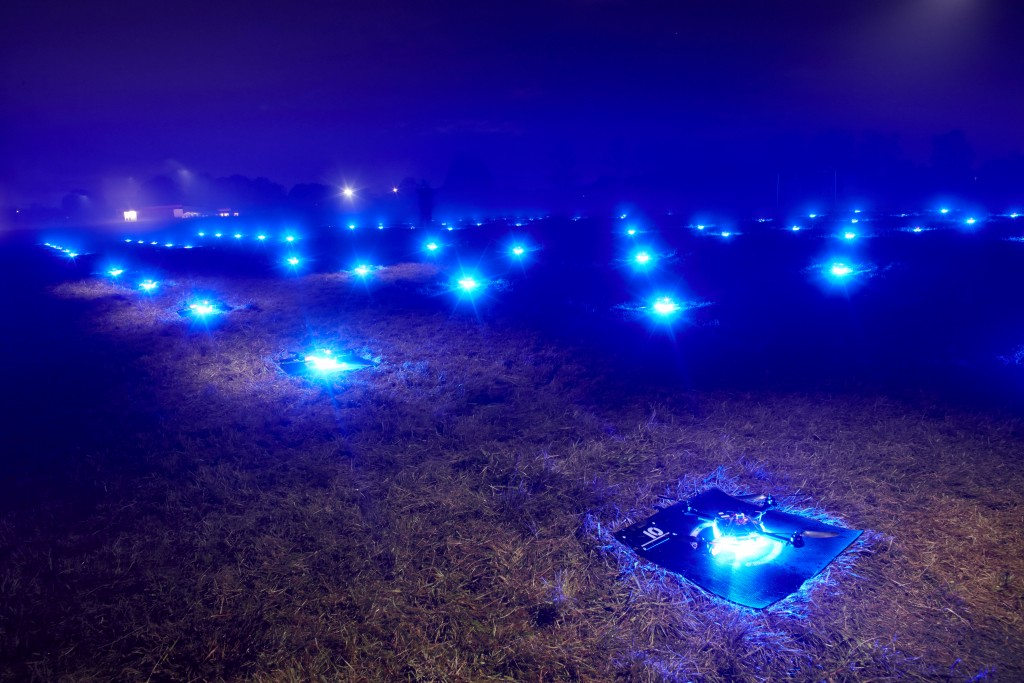 Intel-Drone-100-Light-Show9-1024x683[1]