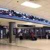60-метровый двухсторонний изогнутый LED-экран производства NanoLumens в Международном аэропорту Майами